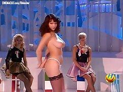 Pornó videó egy lány, barna haj, cum a Beállítás romantikus. Kategória barna, szexel a család edző, Csoport Szex, Orális, Párok, romantika.